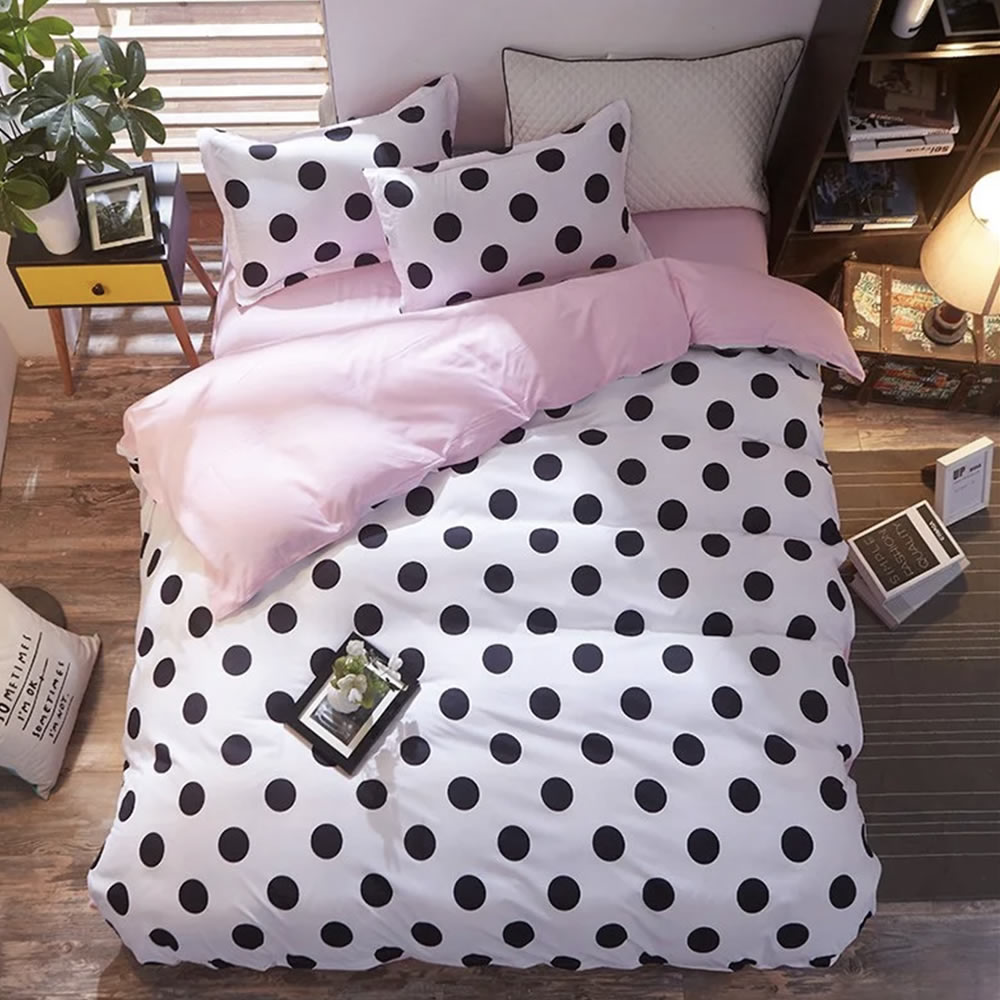 polka dot bed linen