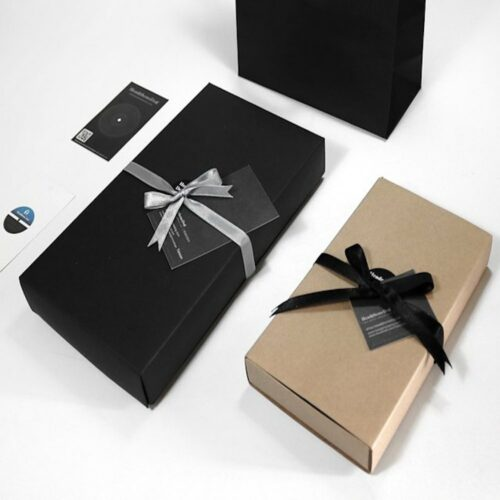 custom gift wrapped bedding